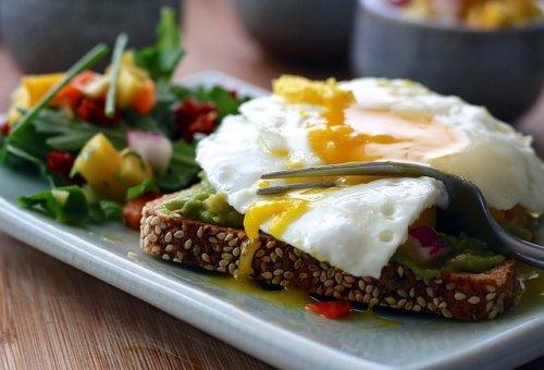 Comment Booster son Métabolisme Sans Sport - Un petit-déjeuner sain